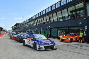 Auto in pit-lane
