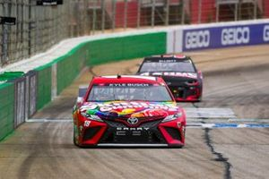 Kyle Busch, Joe Gibbs Racing, Toyota Camry Skittles Gummies