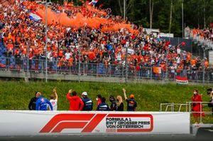 Des fans de Max Verstappen dans les tribunes