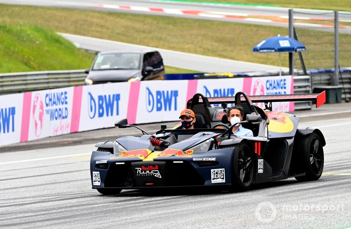 Max Verstappen, Red Bull Racing, en un KTM X-Bow