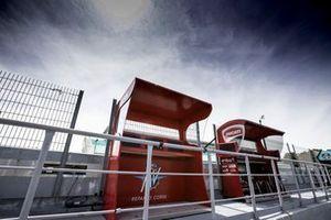 MV Augusta, Aruba.It Racing – Ducati pitlane station