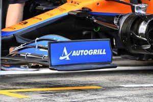 McLaren MCL35M voorvleugel detail