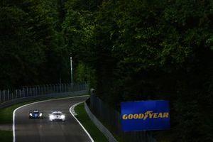 #36 Alpine Elf Matmut Alpine 480 Gibson: Andre Negrao, Nicolas Lapierre, Matthieu Vaxiviere #91 Porsche GT Team Porsche 911 RSR - 19: Gianmaria Bruni, Richard Lietz,