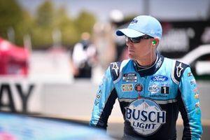 Kevin Harvick, Stewart-Haas Racing, Ford Mustang Busch Light #BeerOverWine