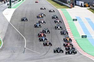 Valtteri Bottas, Mercedes W12, Lewis Hamilton, Mercedes W12, Max Verstappen, Red Bull Racing RB16B, Carlos Sainz Jr., Ferrari SF21, Lando Norris, McLaren MCL35M, Sergio Perez, Red Bull Racing RB16B