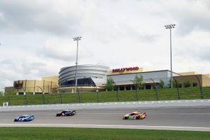 Kyle Larson, Hendrick Motorsports, Chevrolet Camaro HendrickCars.com