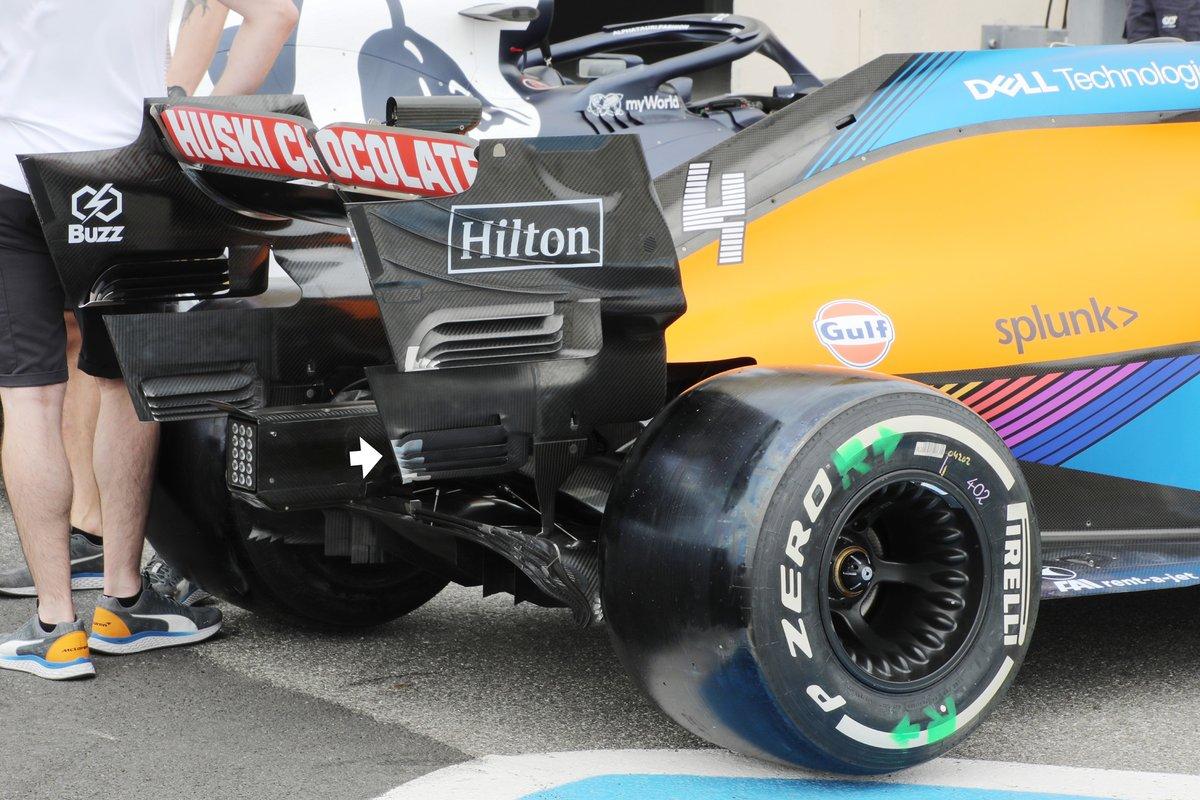 Detalle del endplate del McLaren MCL35M