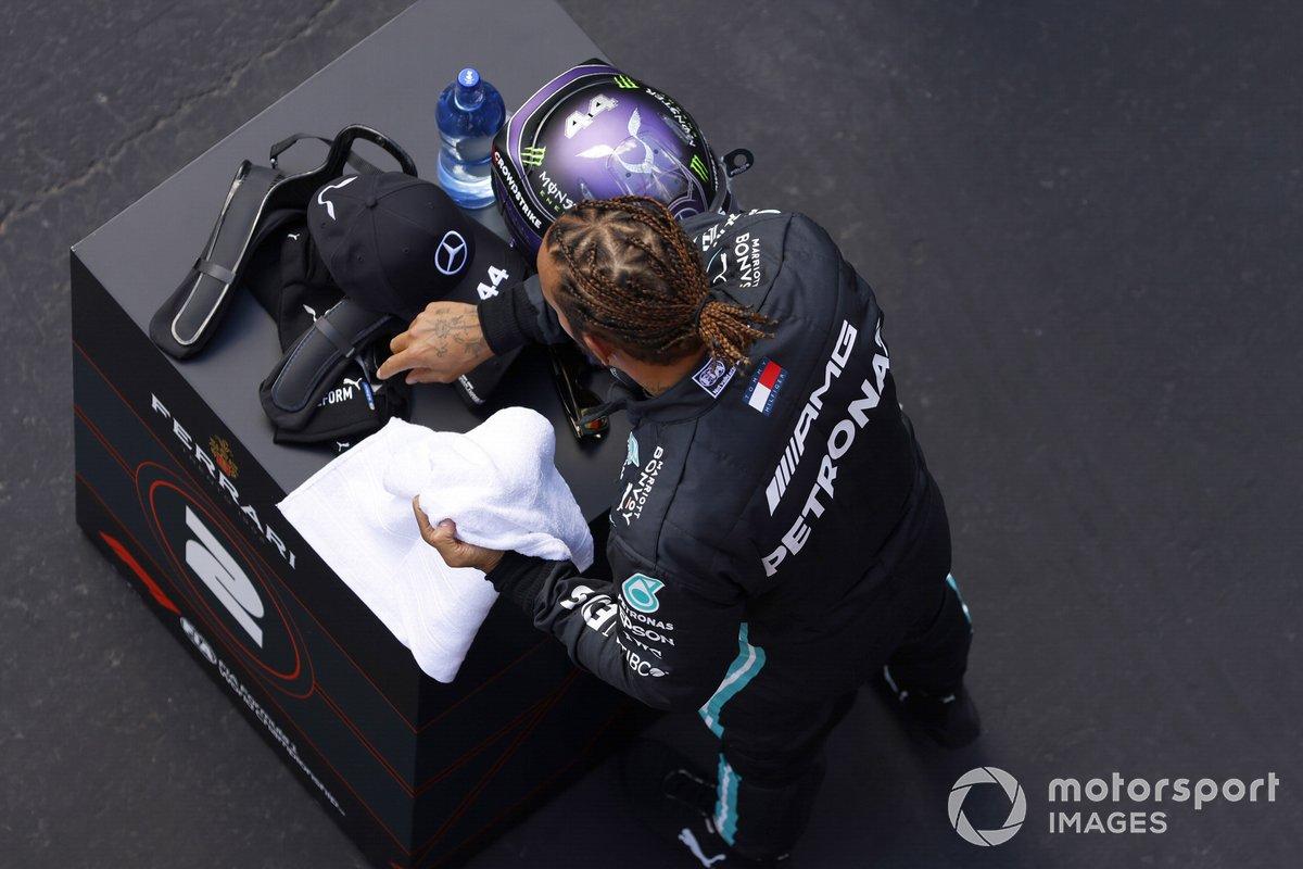 Lewis Hamilton, Mercedes, di Parc Ferme