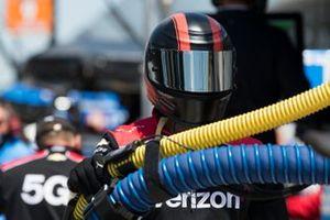 Will Power crewman, Team Penske Chevrolet