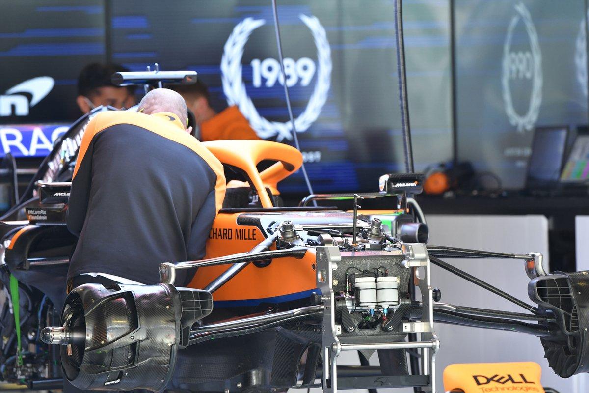 Detalle frontal del McLaren MCL35M