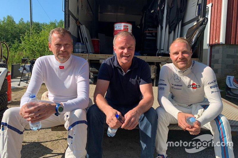 Valtteri Bottas teste la Toyota Yaris WRC