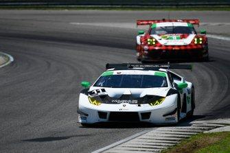 #11 Magnus Racing Lamborghini Huracan GT3, GTD: John Potter, Andy Lally, #9 PFAFF Motorsports Porsche 911 GT3 R, GTD: Dennis Olsen, Zacharie Robichon