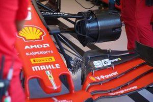 Detalle del tambor del freno delantero del Ferrari SF90 de Sebastian Vettel