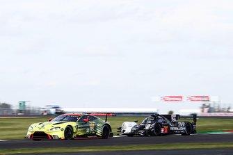 Марко Сёренсен и Ники Тим, Aston Martin Racing, Aston Martin Vantage AMR (№95); Натанаэль Бертон, Пипо Дерани и Лоик Дюваль, Rebellion Racing, Rebellion R13 (№3)