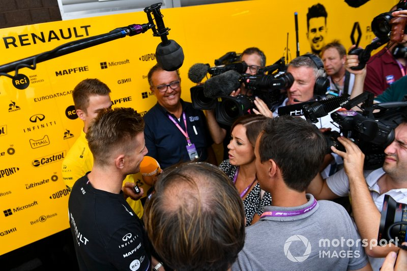 Nico Hulkenberg, Renault F1 Team, speaks to the media, including Natalie Pinkham