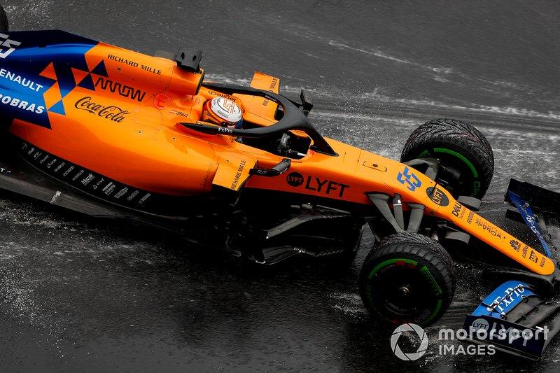 Carlos Sainz Jr., McLaren MCL34 se va de largo