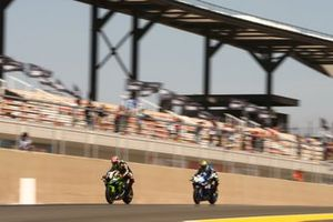 Jonathan Rea, Kawasaki Racing Team, Sandro Cortese, GRT Yamaha WorldSBK