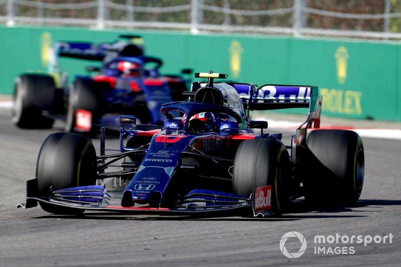 Пьер Гасли и Даниил Квят на Гран При России