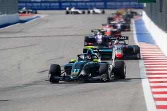Jake Hughes, HWA RACELAB e Leonardo Pulcini, Hitech Grand Prix