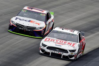 Corey LaJoie, Go FAS Racing, Ford Mustang Drydene and Denny Hamlin, Joe Gibbs Racing, Toyota Camry FedEx Express