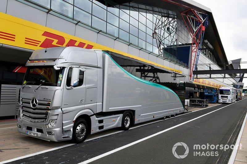 Camiones de Mercedes AMG F1