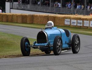 Bugatti Julian Mazjub