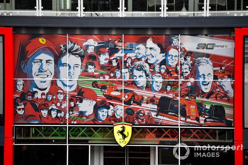 Motorhome da Ferrari 90 anos