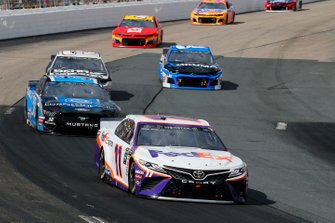 Denny Hamlin, Joe Gibbs Racing, Toyota Camry FedEx Express, David Ragan, Front Row Motorsports, Ford Mustang Compressor World