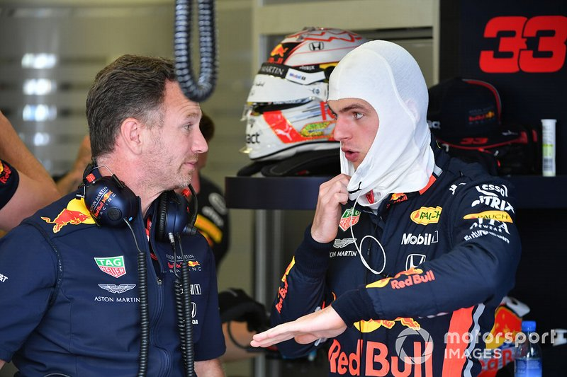 Max Verstappen, Red Bull Racing, y Christian Horner, Team Principal, Red Bull Racing