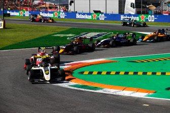Max Fewtrell, ART Grand Prix e Jehan Daruvala, PREMA Racing