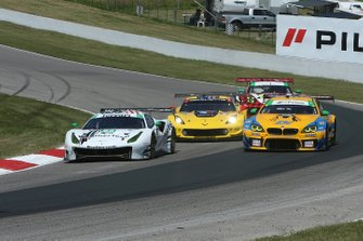 #63 Scuderia Corsa Ferrari 488 GT3, GTD: Cooper MacNeil, Toni Vilander, #96 Turner Motorsport BMW M6 GT3, GTD: Bill Auberlen, Robby Foley