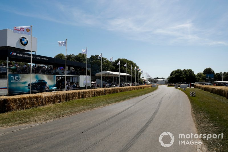 Marcas en el circuito de Goodwood
