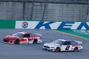 Brad Keselowski, Team Penske, Ford Mustang Discount Tire Austin Dillon, Richard Childress Racing, Chevrolet Camaro AAA