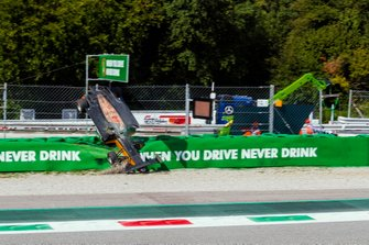 El accidente de Alexander Peroni, Campos Racing, en Monza