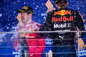 Sebastian Vettel, Ferrari, Max Verstappen, Red Bull Racing