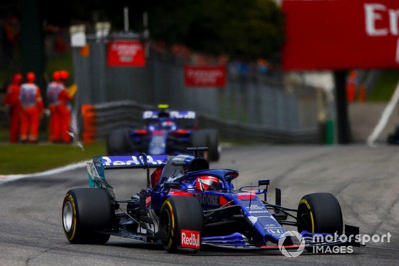 Daniil Kvyat, Toro Rosso STR14, Pierre Gasly, Toro Rosso STR14