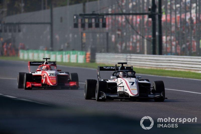 Lirim Zendeli, Sauber Junior Team by Charouz ve Marcus Armstrong, PREMA Racing