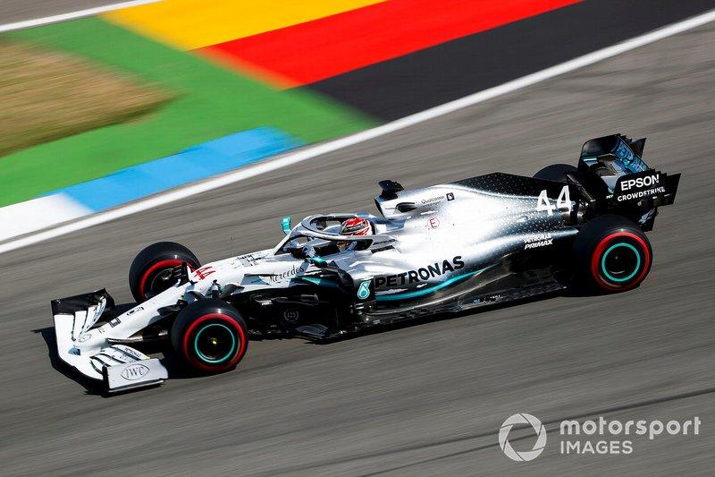1 - Lewis Hamilton, Mercedes AMG F1 W10 - 1'11.767
