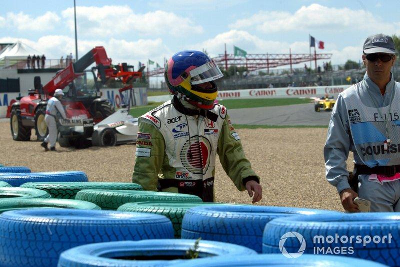 Crash: Jacques Villeneuve, BAR 004