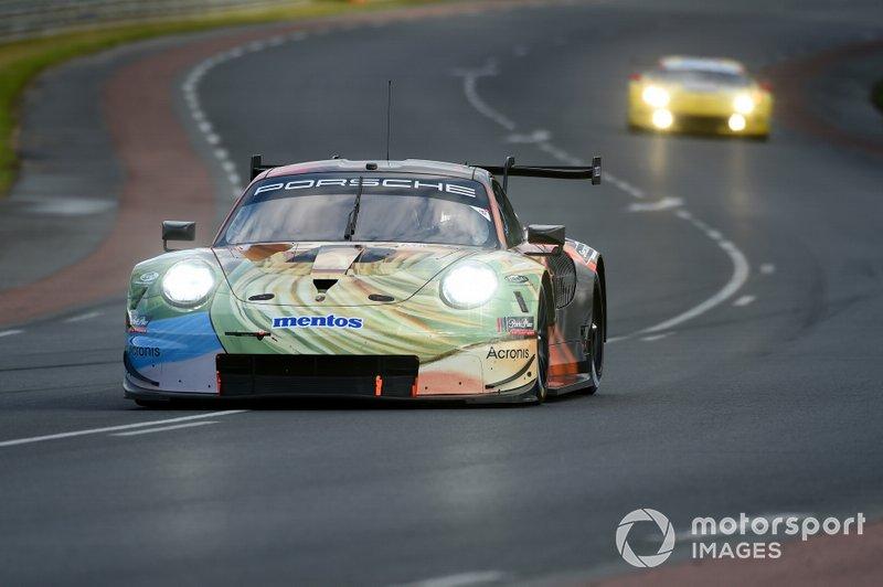 GTE Am: Team Project 1, Porsche 911 RSR