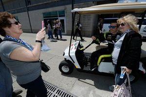 Simon Pagenaud, Team Penske Chevrolet and fans