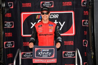Joey Logano, Team Penske, Ford Mustang Snap on pole award
