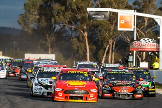 Start der Supercars 2019 in Winton: Fabian Coulthard, DJR Team Penske Ford, führt