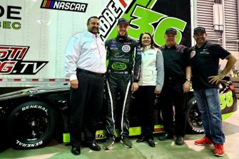 Joe Balash, NASCAR; Alex Labbe; NASCAR Pinty's Series Director Cherie Putnam; Dave Jacombs, Car Owner; Martin D'Anjou, Sponsor