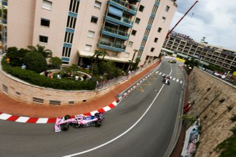 Lance Stroll, Racing Point RP19, Kimi Raikkonen, Alfa Romeo Racing C38