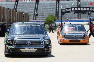 Tyler Ankrum, DGR-Crosley, Toyota Tundra RAILBLAZA, Austin Hill, Hattori Racing Enterprises, Toyota Tundra Ennis Steel