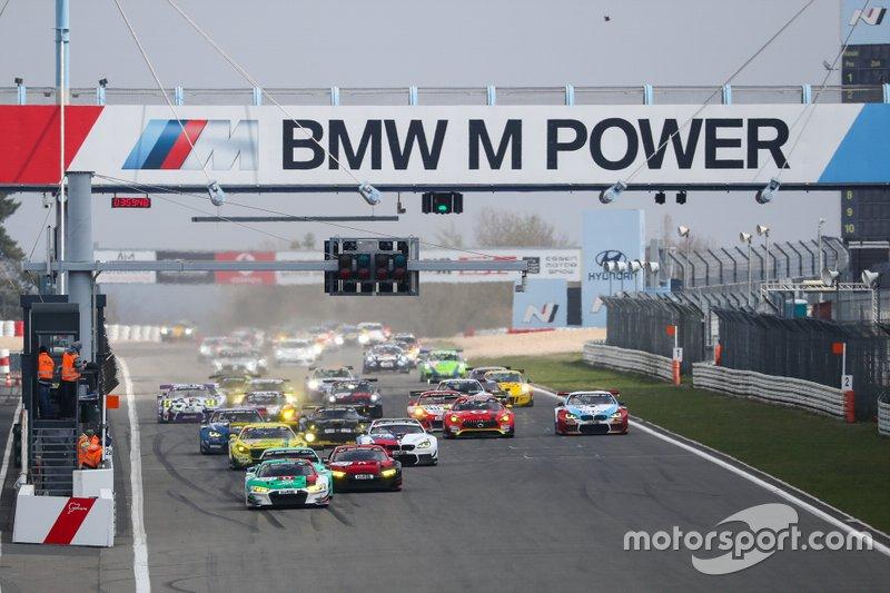 Start der VLN 2019 auf der Nürburgring-Nordschleife