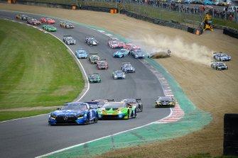 Salida de las Blancpain Sprint Series en Brands Hatch
