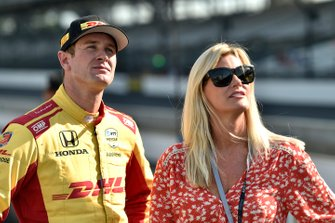 Ryan Hunter-Reay, Andretti Autosport Honda with wife Becky