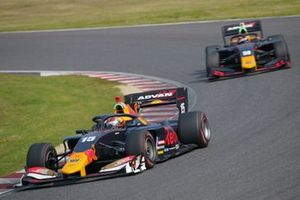 Dan Ticktum(TEAM MUGEN), Lucas Auer(B-Max Racing with motopark)